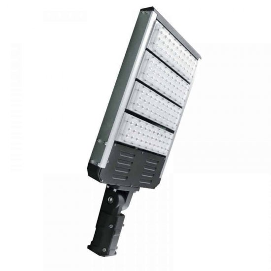 LED Уличен осветител 4х30W 6500K